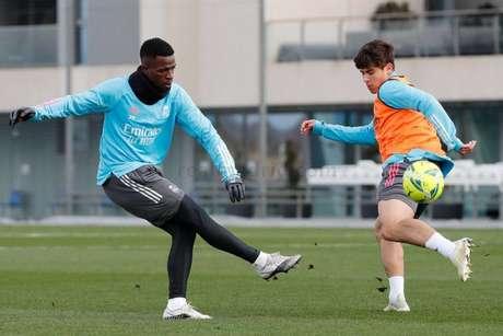 Vini Jr. está à disposição de Zidane e deve ser titular contra o Getafe (Foto: Divulgação / Site oficial do Real Madrid)