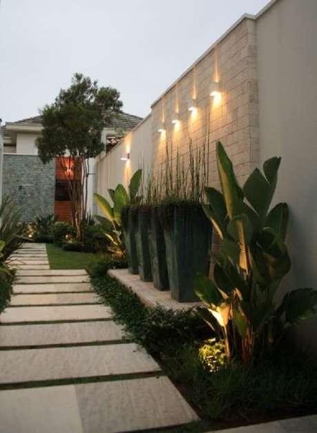 28. Avalie a quantidade de luminárias para corredor necessárias no projeto. Fonte: Casa Decorada