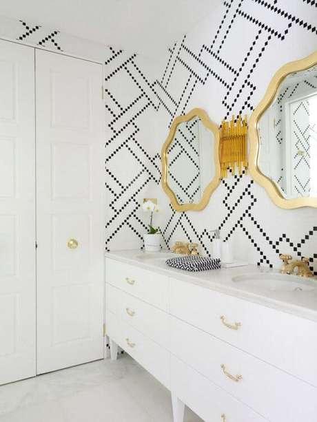 24. Revestimento geométrico preto e branco – Via: Pinterest