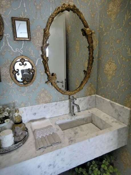 35. Espelho vintage oval com detalhes em passarinho. Fonte: Pinterest