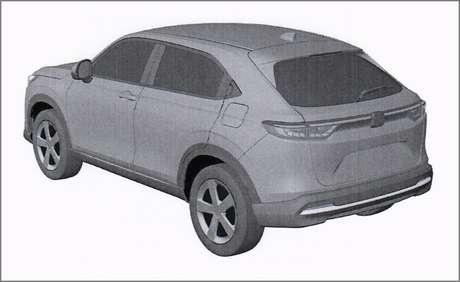 Caráter cupê do SUV compacto japonês fica claro nesta imagem.