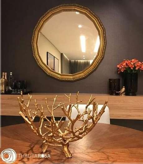 20. O espelho redondo vintage pode transformar totalmente um ambiente. Fonte: Pinterest