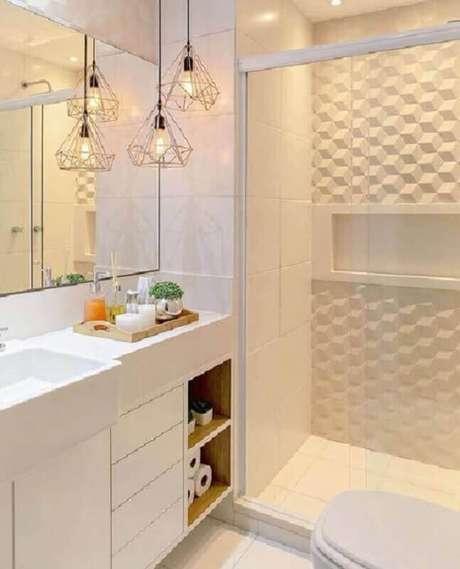 8. Revestimento 3d branco para banheiro clean decorado com luminária rose gold – Foto: Pinterest