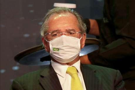 Ministro da Economia, Paulo Guedes, participa de evento em Brasília 08/12/2020 REUTERS/Ueslei Marcelino