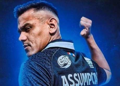Leandro Assumpção garantiu a vitória do Suphanburi (Foto: Divulgação)
