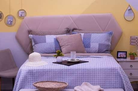 1. Tendências para quartos em 2021: invista em jogo de lençol completo com edredom fofinho. Fonte: Pinterest