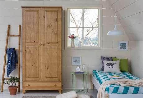 8. Tendências para quartos em 2021: decore o espaço com móveis e objetos decorativos herdados de pessoas queridas. Fonte: Pinterest