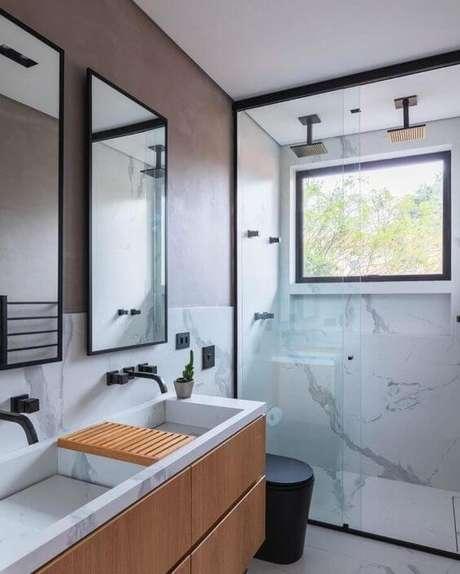 11. Banheiro com duas cubas super prático – Via: Pinterest