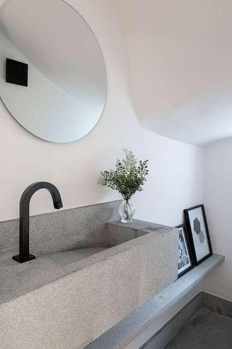 4. Banheiro com cuba cinza e decoração minimalista – Via: Casa de Valentina