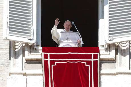 Papa agradeceu governo colombiano durante o Angelus