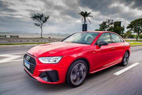 Novo Audi A4 Sedan: três versões a partir de R$ 230 mil.
