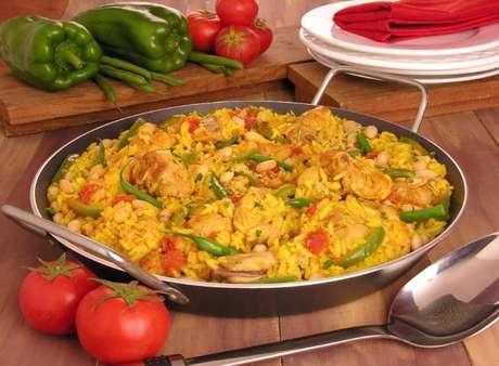 Guia da Cozinha - Paella: 5 variações para experimentar o quanto antes