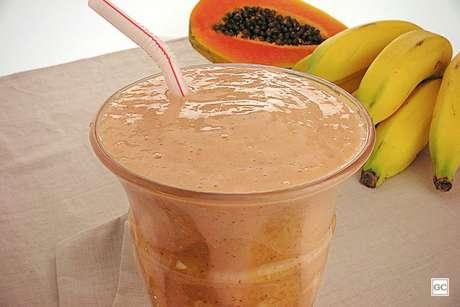 Guia da Cozinha - Receita de shake nutritivo para ter energia o dia todo