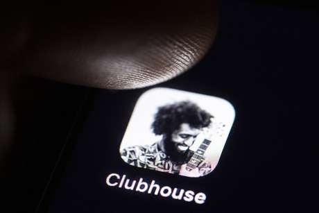 Embora tenha crescido bastante em número de downloads, o Clubhouse já apresentou falhas em alguns de seus protocolos de segurança