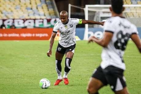 Meio-campista está na equipe de Porangabuçu desde 2018 (Divulgação/Assessoria de Imprensa)