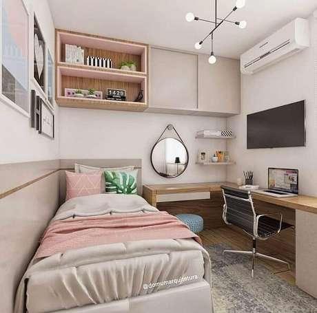 41. Escrivaninha de canto madeira otimiza o espaço do dormitório. Fonte: Domum Arquitetura