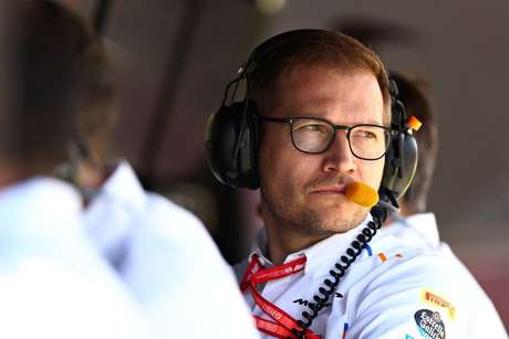 Andreas Seidl prega igualdade entre os pilotos