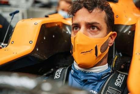 Daniel Ricciardo saiu da Renault para substituir Carlos Sainz na McLaren. Australiano espera manter o bom rendimento apresentado em 2020