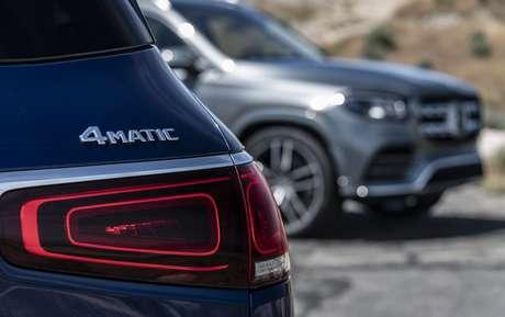 GLS 450 4Matic: tração integral e visual elegante para o rei dos SUVs da Mercedes.