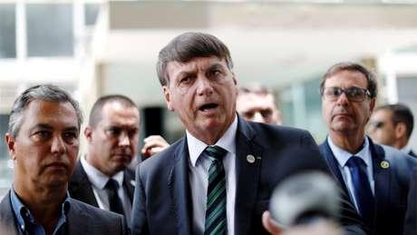 Bolsonaro diversas vezes desdenhou do distanciamento social e do uso de máscaras de proteção como ferramentas para frear a disseminação do coronavírus