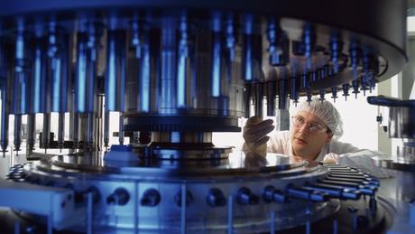 Farmacêuticas priorizam tratamentos completos, que garantem um lucro bem maior