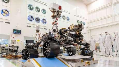 Perseverance é uma tonelada de alta tecnologia: sete instrumentos, várias câmeras, microfones e uma grande furadeira
