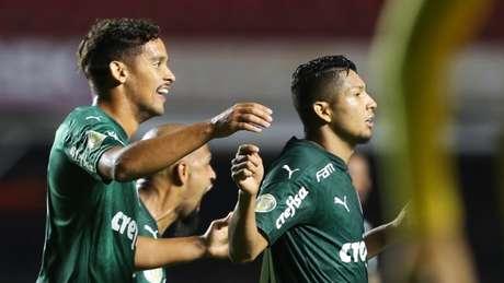 Rony comemora gol de empate contra o São Paulo no Morumbi (Foto: Fabio Menotti/Palmeiras)
