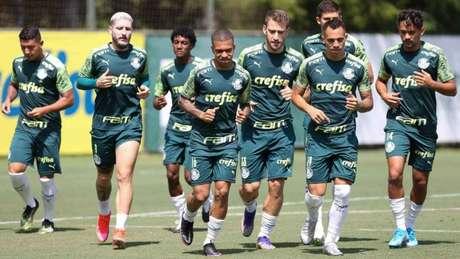 Reservas em campo na preparação do Palmeiras para o penúltimo jogo do Brasileirão (Foto: Divulgação/Palmeiras)