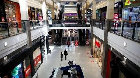 Shopping centers podem abrir suas portas ao público a partir deste domingo