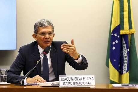 O general da reserva Joaquim Silva e Luna, que hoje é diretor-geral da Itaipu Binacional.