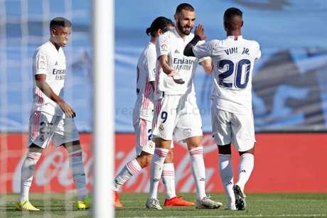 Vini Jr. e Benzema tiveram polêmica no fim de 2020 (Foto: Antonio Villalba / Real Madrid)