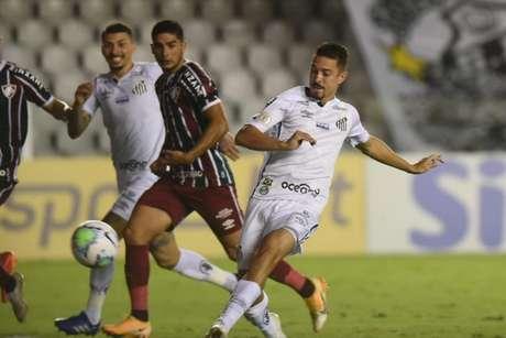 Gol de Jean Mota contra o Fluminense classificou o Santos para a Libertadores (Foto: Ivan Storti/Santos FC)