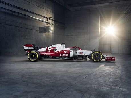 O novo carro, nomeado, C41, apresenta mudanças no visual para 2021