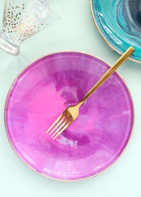 25. Pratos de porcelana personalizados – Via: Akailo Chiclife