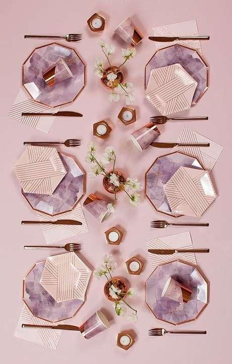 10. Que tal os pratos hexagonais? – Via: Pinterest