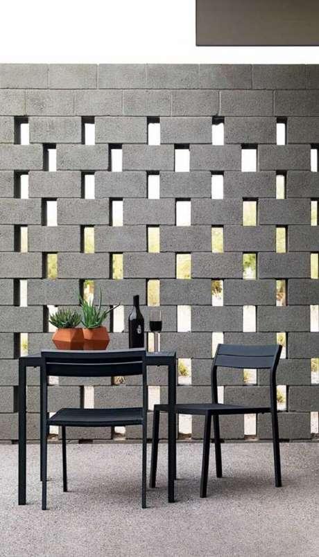 44. Modelo de muro construído com blocos de concreto. Fonte: Pinterest