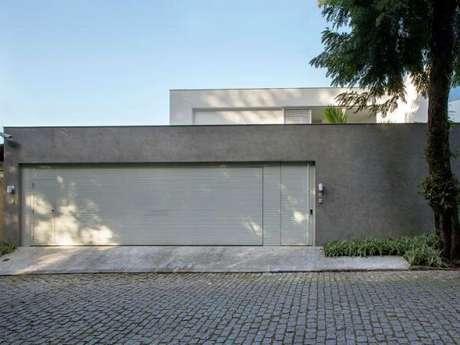 49. Modelo de muro de frente de casa feito com concreto. Fonte: Archilovers