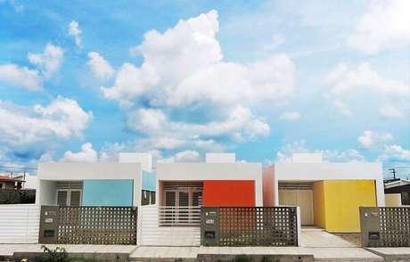 29. Modelo de muro colorido e moderno. Fonte: Martins Lucena