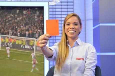 Renata Ruel discordou da decisão do árbitro Bráulio da Silva Machado (Foto: Divulgação/ESPN)