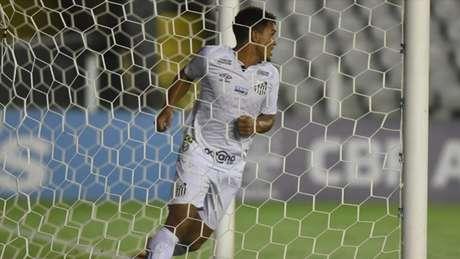 Marcos Leonardo ganhou espaço no Santos nas últimas semanas (Foto: Ivan Storti/Santos FC)