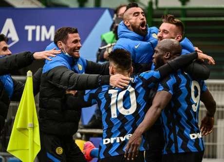 Rummenigge confia no título de sua ex-equipe (MIGUEL MEDINA / AFP)
