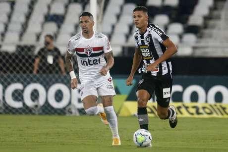 Botafogo voltou a vencer no Campeonato Brasileiro após dez partidas (Vítor Silva/Botafogo)