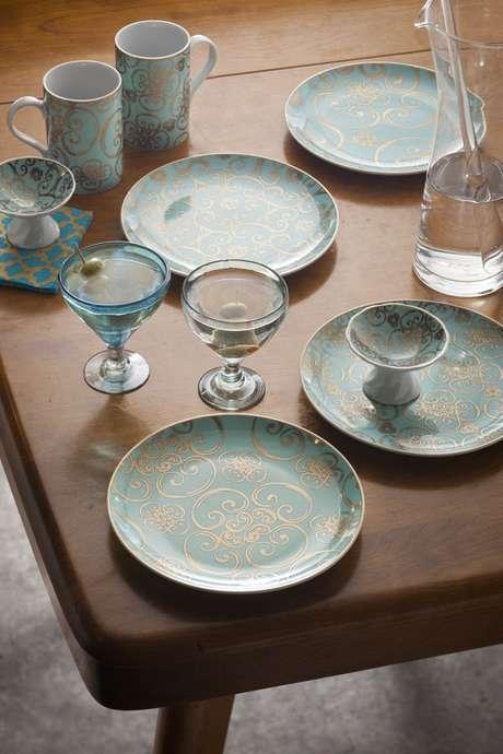 11. Pratos de porcelana chiques – Via: Rosanna Inc