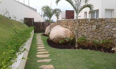 7. Modelo de muro para casa feito com pedra. Fonte: Bizzarri Pedras