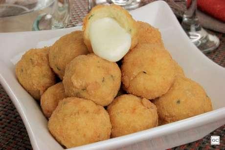 Guia da Cozinha - Bolinhos recheados deliciosos e diferentes para experimentar