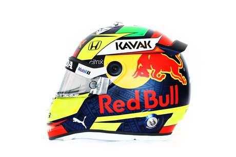 Sergio Pérez apresentou novo capacete para temporada 2021