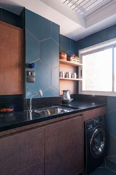 33. Revestimento para lavanderia colorido. Fonte: MIS Arquitetura e Interiores
