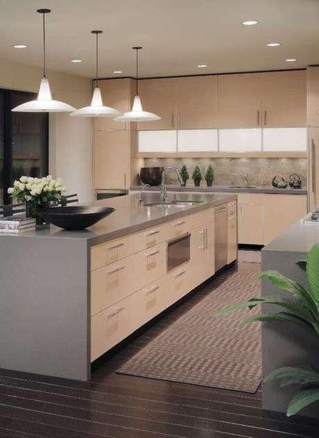 10. Bancada de cozinha em granito cinza – Via: Topbuzz