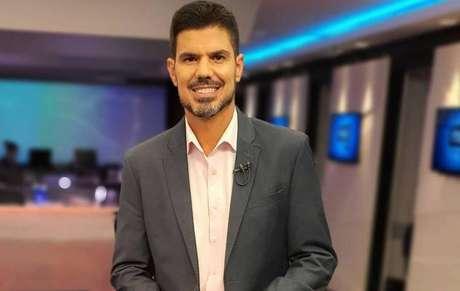 Fabian Londero, 48, apresenta o NSC News desde 1999