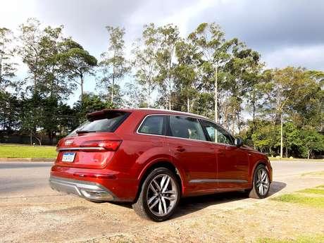 Novo Audi Q7: podemos dizer que o SUV é uma super perua dos tempos atuais.